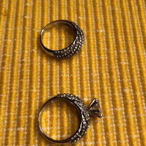 Jewelry - NWOT, very nice faux set